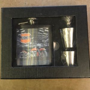 Other - Harley Davidson gift set